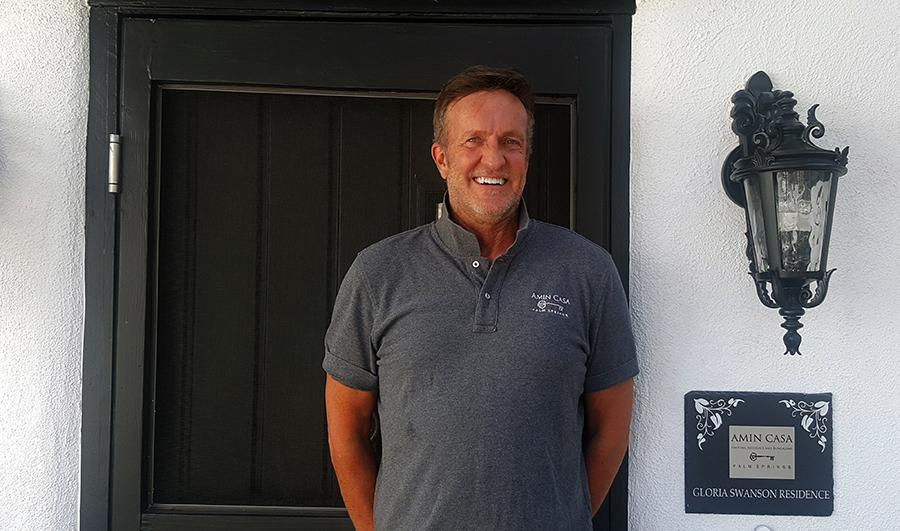 Nelson Cooley at Amin Casa
